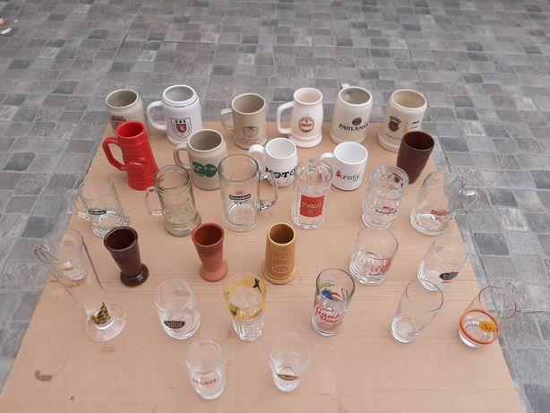 Coleção de 175 copos e canecas