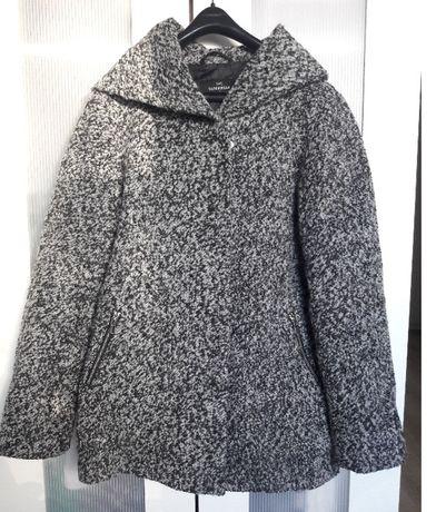 Piękny ciepły płaszcz C&A rozmiar M