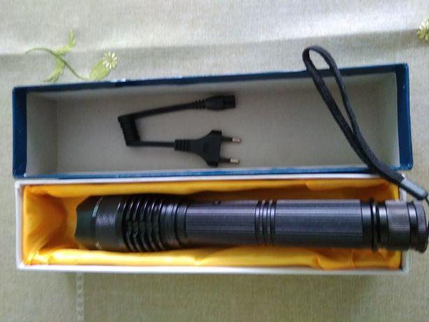 Latarka elektryczna ładowana z 230V
