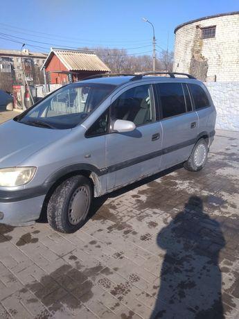 Opel Zafira 1.8 газ/бензин.