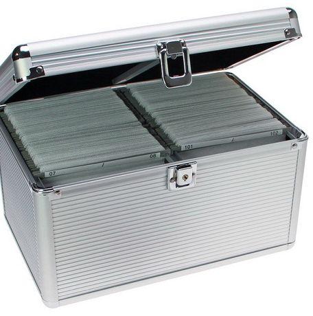 Кейс на 200 компакт дисков - SAFE