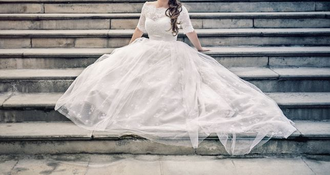Sprzedam suknia ślubna, bolerko i welon