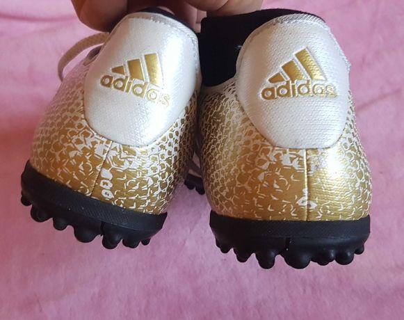 Vendo chuteiras Adidas