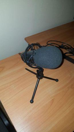 Микрофон Trust GXT 242 Lance streaming отличное состояние