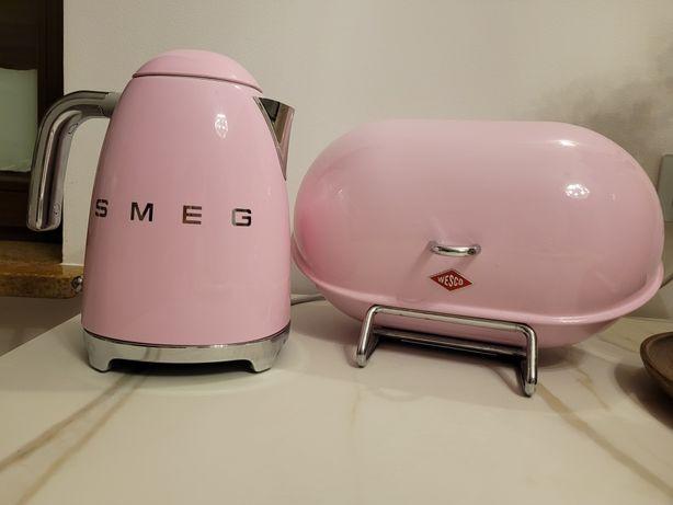 Czajnik Smeg+ chlebak Wesco różowy komplet
