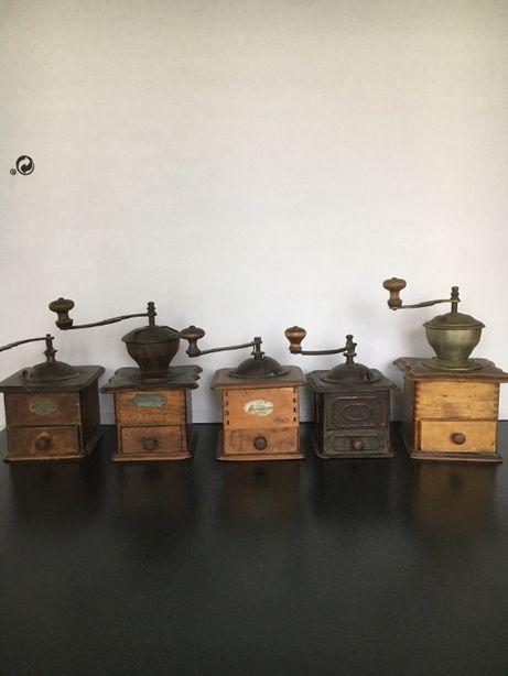 kolekcja starych młynków do kawy