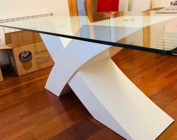 Mesa refeição jantar vidro temperado com pé lacado branco 1,8x1m