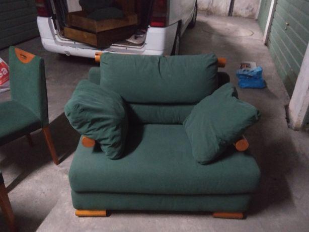 sofa usados com cadeiras