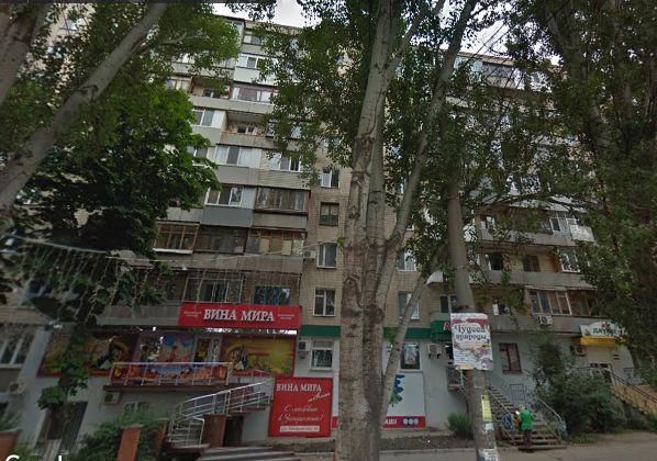 3-х комнатная чешка, ул. Запорожская, Малый рынок