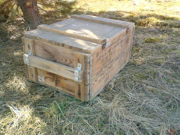 Stara skrzynka drewniana
