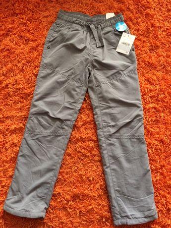 Spodnie ocieplane chłopięce z C&A, r. 128