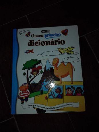 Vendo livro: O meu primeiro dicionário Já com PORTES