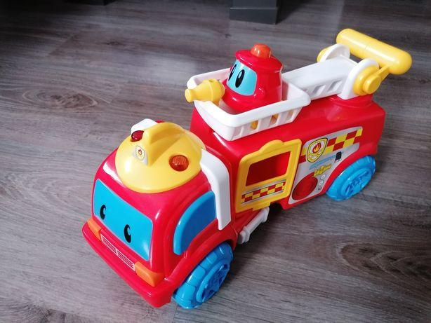 Straż Pożarna Smiki pojazd z dźwiękiem