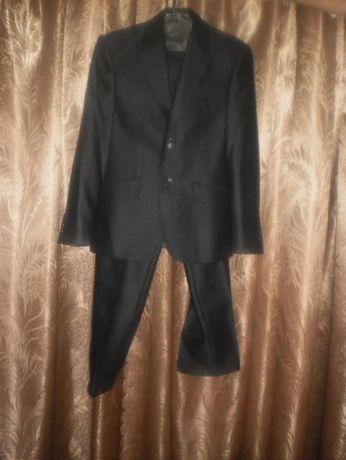 костюм класичний