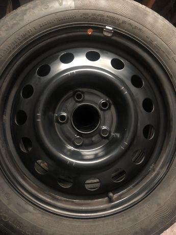 Продам диски стальні з резиною на r16