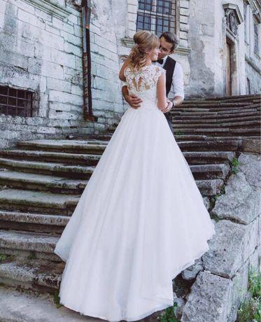 Весільне плаття Фата в подарунок+круг 2 від Katy Corso