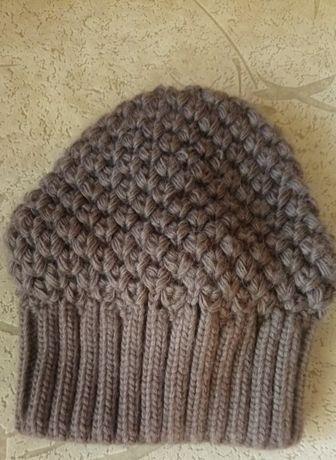 Продам мягенькую тёплую шапочку