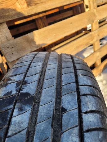 Opony Michelin Primacy 3  215/65/16 prawie  nowe  2020