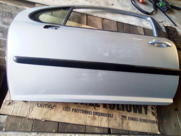 Drzwi Lewy przód Peugeot 207 Sport 1.4 16V 90KM EZRC