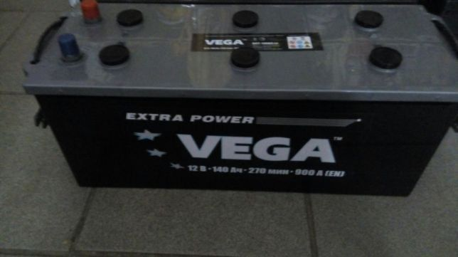 Аккумулятор автомобильный Vega 140Ач Стандарт