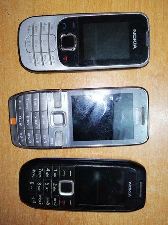 3 Telefony nokia E52 2330c-2 1616-2