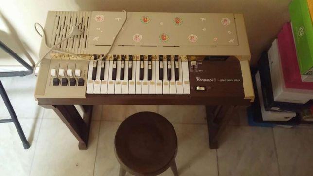 Piano para criança