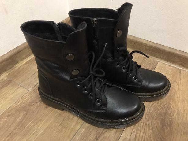 Шкіряні круті черевички