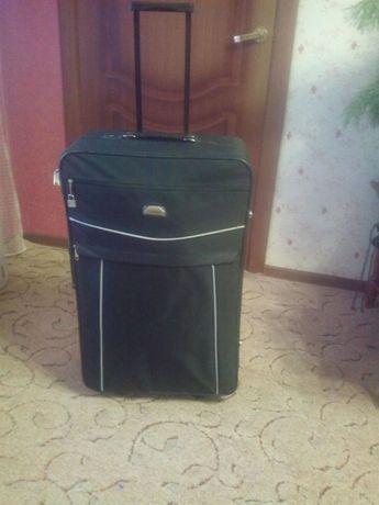 Продается новый чемодан