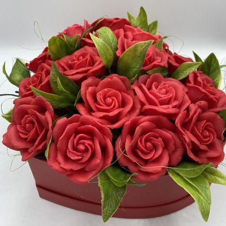 Kwiaty Róże z mydła bukiet flowerbox dzień kobiet wiosna