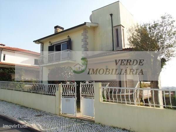 Moradia Individual T3+1 Vila Verde