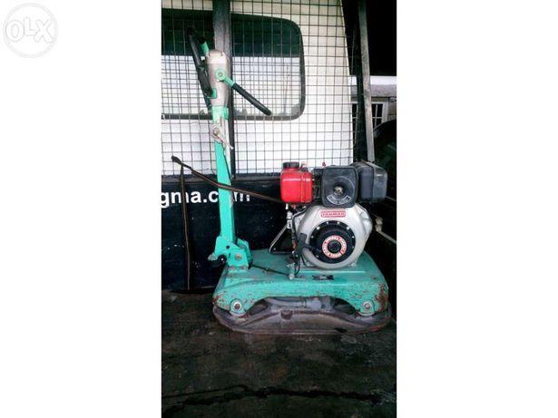 Placa compactadora vibratória com motor Yanmar diesel