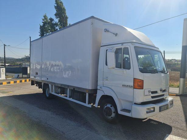 Camião 8 toneladas