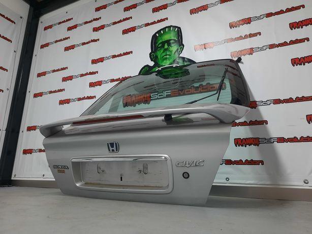 Mala Honda Civic 1.8vti MB6