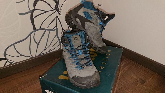 Продам ботинки Merrell б.у. зимние размер 26 или 41,5 .