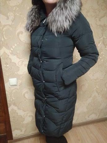 Пуховик зимовий .