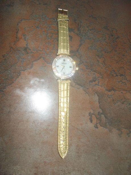 Наручные часы от Орифлейм