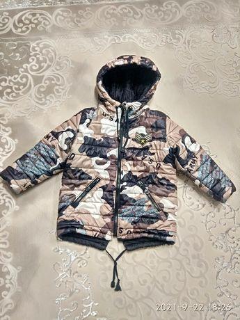 Зимняя зимова куртка парка 5-6 років