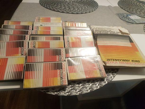 Sprzedam kasety do nauki j.niemieckiego z zeszytami
