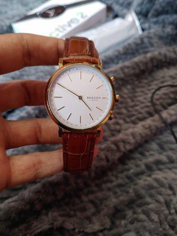 Часы Skagen hybrid