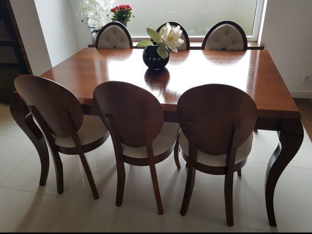 Stół do jadalni i krzesła