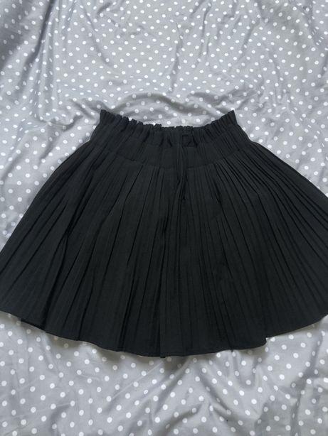 Spodniczka ZARA czarna plisowana elegancka