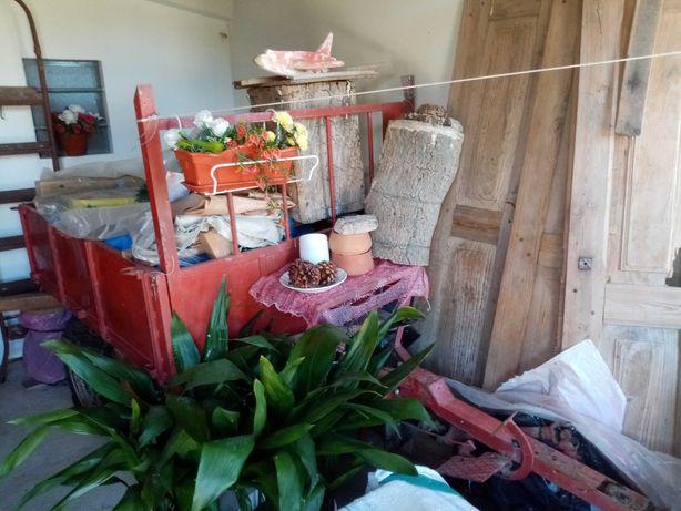 Reboque Agricola com caixa de velocidades e transmissão