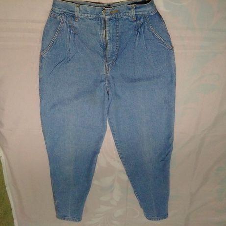 продам джинсы б/у разные