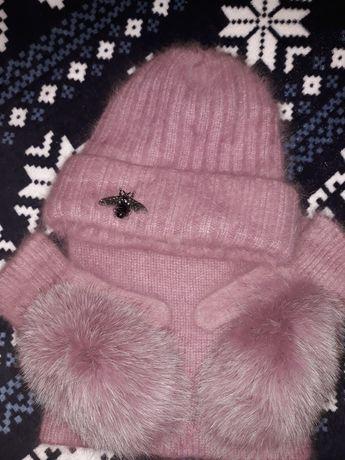 Пушистый женский комплект шапка,хомут ,варежки