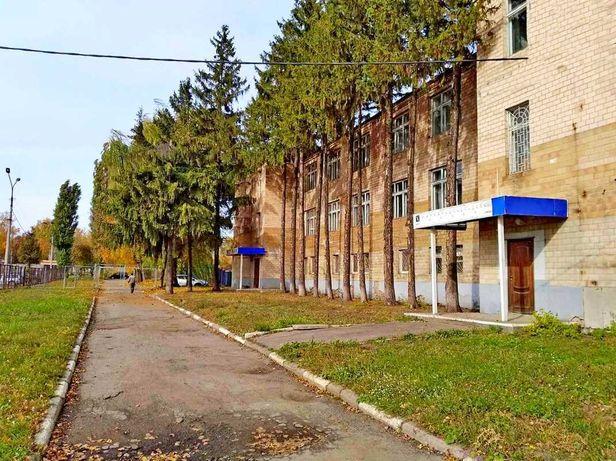 Админздание в середине Курского проспекта