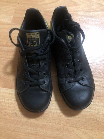 Кожаные ботинки(кроссовки) Adidas