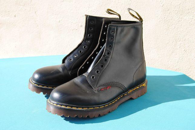 Botas originais Dr. Martens fabricadas em Inglaterra 42 (size 10)