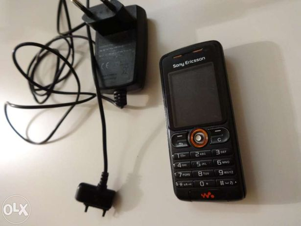 Telemóvel avariado Sony Ericsson W200i (p/peças)