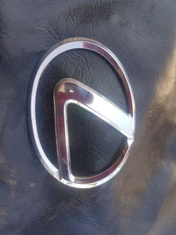 Шильдик (Эмблема) Lexus