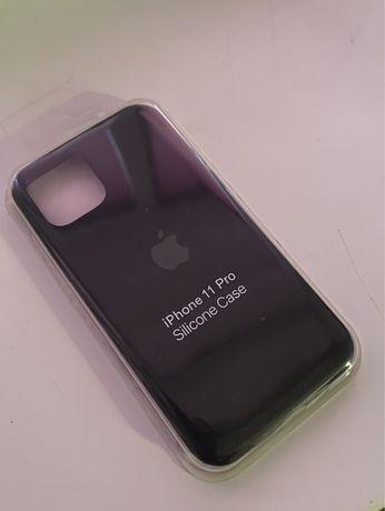 Чехол для iPhone 11 pro черный и белый